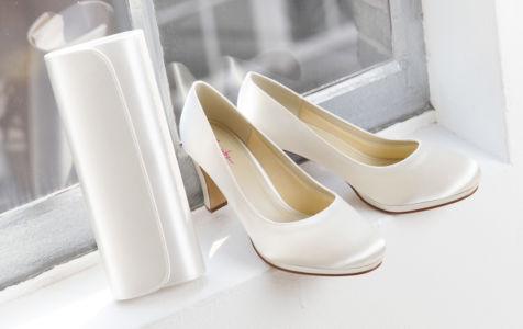 Viola in čevlji Grace