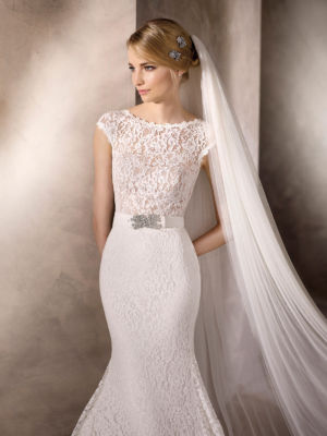 Poročna obleka Haines