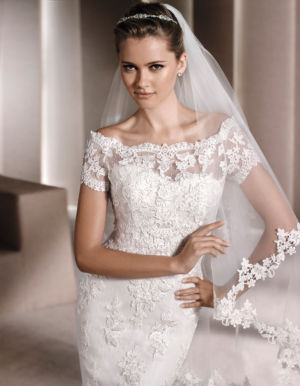 Poročna obleka Idde