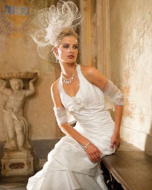 Poročna obleka Linea 110-049
