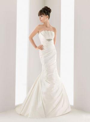 Poročna obleka Nestor