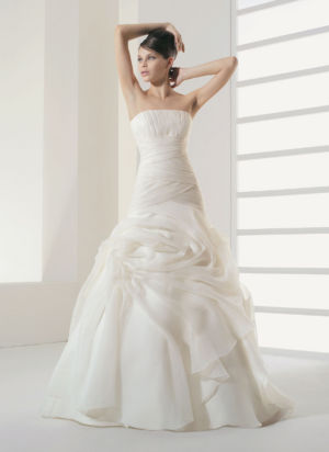 Poročna obleka Salome